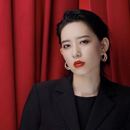 """李斯丹妮成为露华浓REVLON高""""缎""""代言人"""