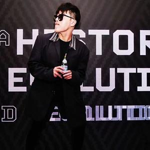 范景翔SELETTI携手创作《包罗万象》跨界WARNER MUSIC 致力中意艺术慈善