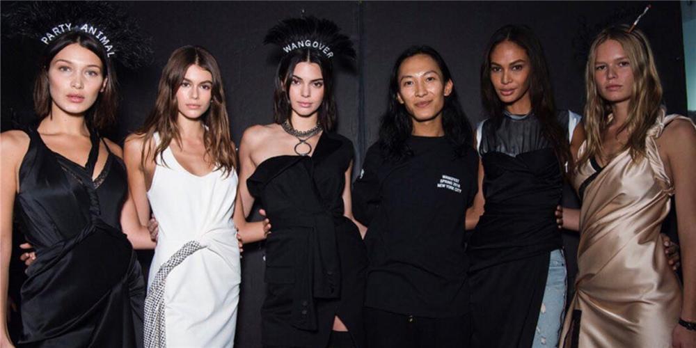 水原希子,Kaia Gerber, Kendall Jenner都来参加大王的狂欢节,纽约时装周好热闹!