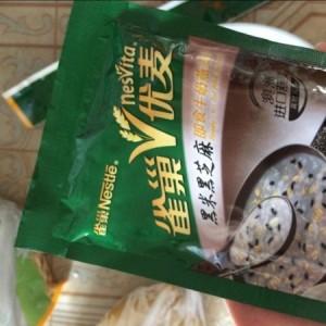 #雀巢优麦即食牛奶燕麦片(黑米黑芝麻口味)#